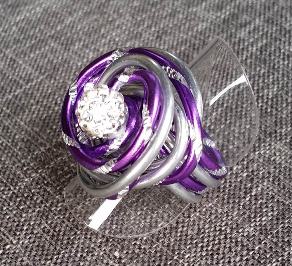 Kleinesbild - Ring aus Aluminiumdraht, Gr. 52