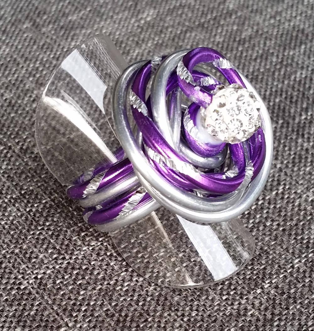 - Ring aus Aluminiumdraht, Gr. 52 - Ring aus Aluminiumdraht, Gr. 52