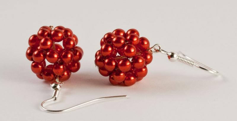 Kleinesbild - Ohrringe: Perlenkugel ~ rot
