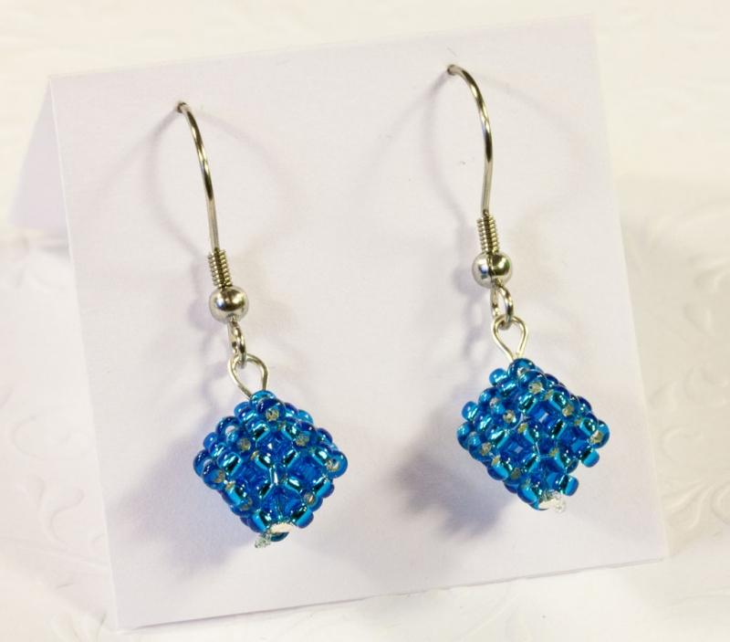 - Ohrringe: kleine Würfel ~ Blau / Türkis - Ohrringe: kleine Würfel ~ Blau / Türkis