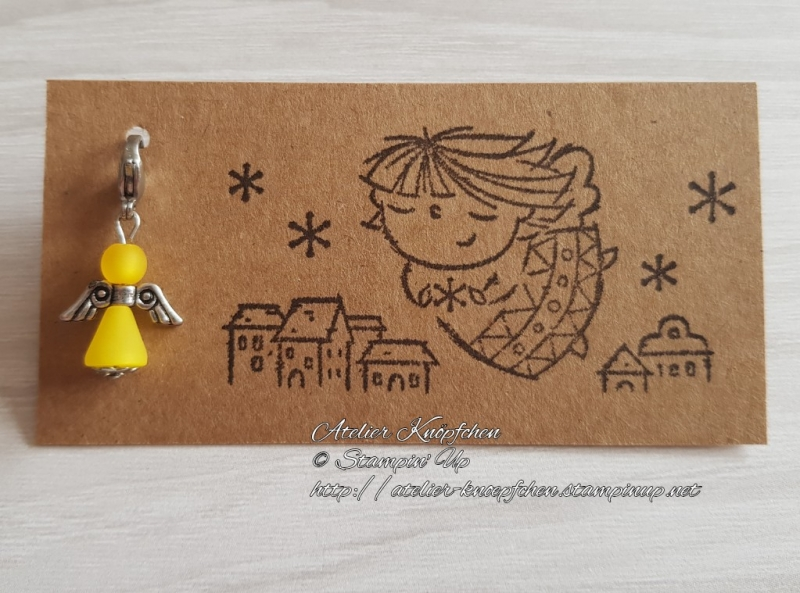 - Charm / Anhänger: Engel aus Polarisperlen ~ Gelb (Sonnengelb) - Charm / Anhänger: Engel aus Polarisperlen ~ Gelb (Sonnengelb)