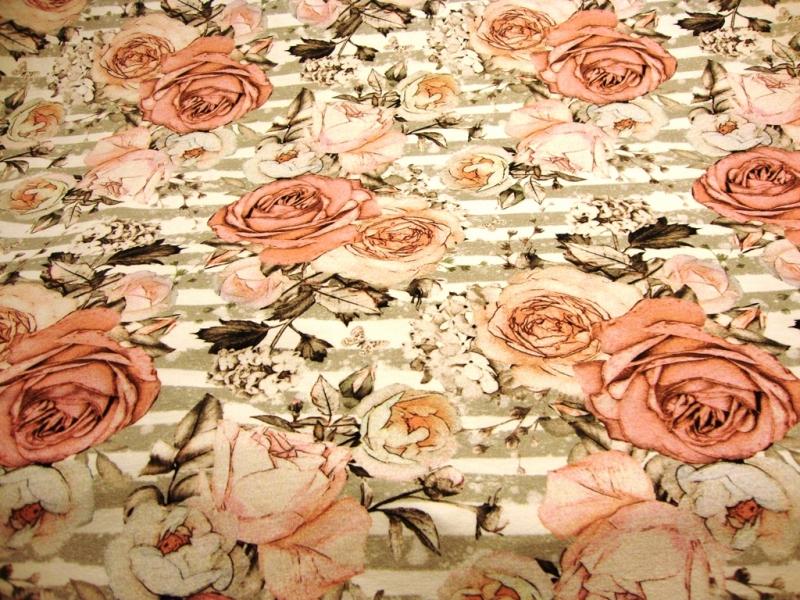 Kleinesbild - Baumwoll-Jerseystoff Digitaldruck große Rosen Blumen auf Streifen beige / grau / altrosa