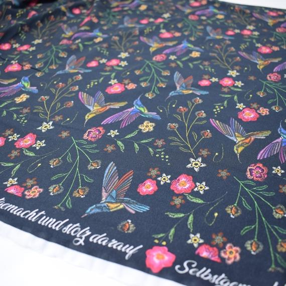 Kleinesbild - Baumwolljersey Druck bunter Vogel - auf marine Limited Edition – Premium Collection – Selbstgemacht und stolz darauf- KATINOH bunte Blumen bunter Vogel auf schwarz