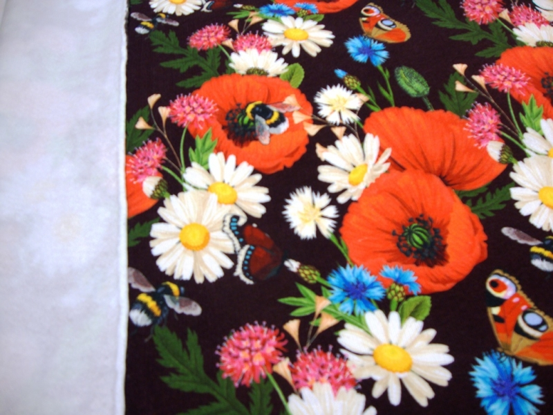 Kleinesbild - Mohnblumentraum - Sweat Bienen Hummeln Schmetterlinge Blumen Mädchen Junge Baby Kind Stoff Kinderstoff kuschel Sweat Margeritten & Co.
