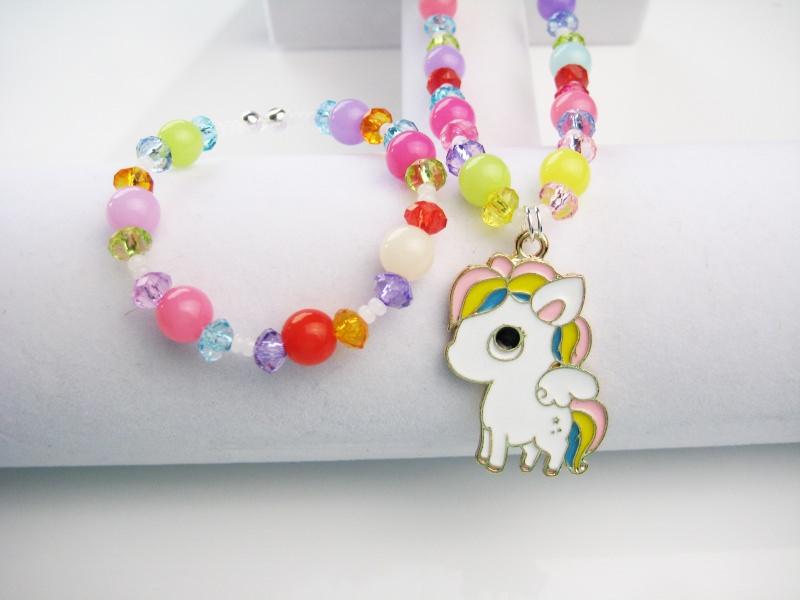 - Kette und Armband mit süßem Pferdchen - Kette und Armband mit süßem Pferdchen