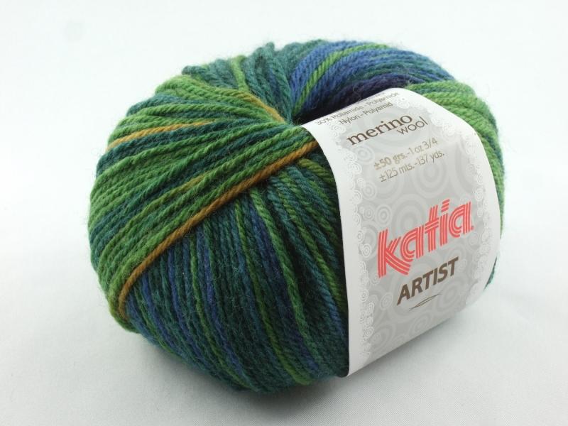 - schöne weiche Verlaufswolle von Katia Artist Farbe 304 in blau, grün, rot und gelb - schöne weiche Verlaufswolle von Katia Artist Farbe 304 in blau, grün, rot und gelb