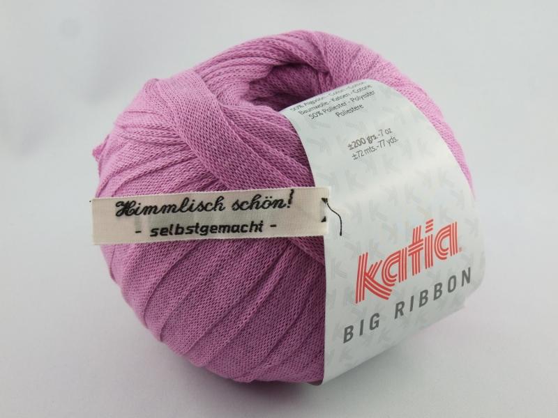 - flaches einfarbiges Bändchengarn von Katia Big Ribbon Farbe 15 in rosa - flaches einfarbiges Bändchengarn von Katia Big Ribbon Farbe 15 in rosa