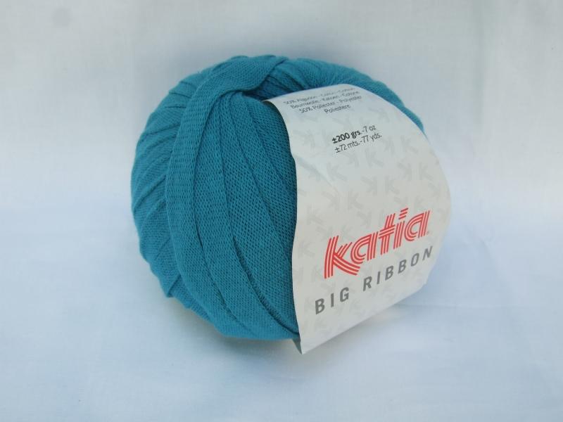 - flaches einfarbiges Bändchengarn von Katia Big Ribbon Farbe 22 in türkis - flaches einfarbiges Bändchengarn von Katia Big Ribbon Farbe 22 in türkis
