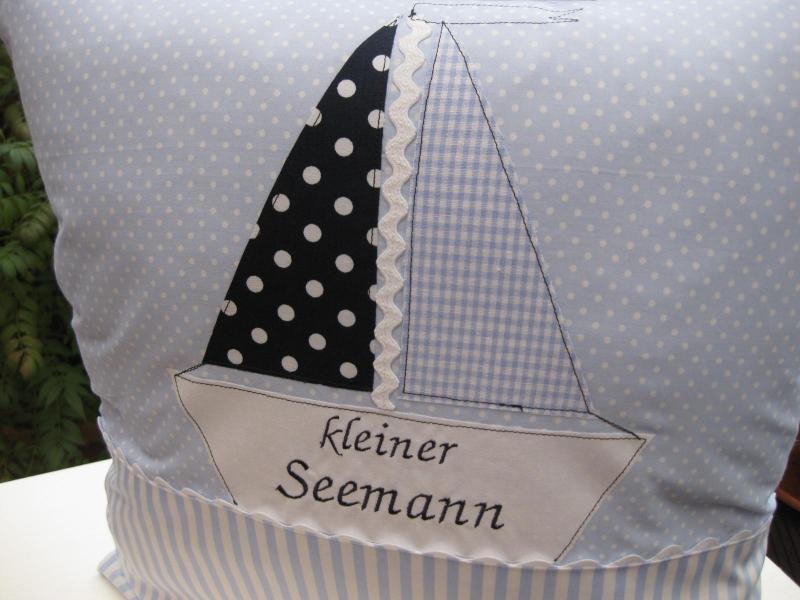 Kleinesbild - Kissen Segelschiff 40x40 zur Geburt oder Taufe Kinderkissen