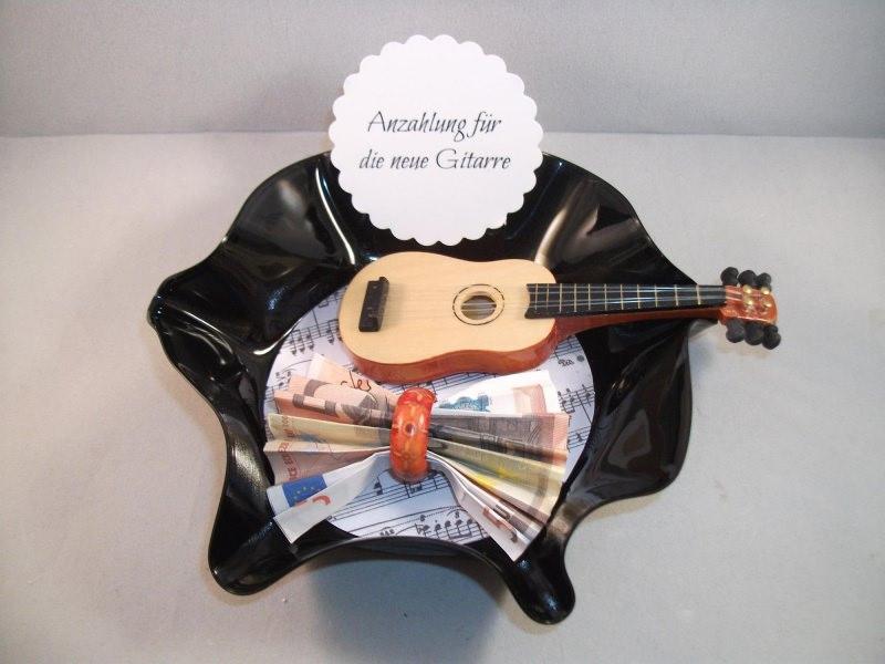 Kleinesbild - Geldgeschenk Geburtstag, verbogene Schallplatte, Musik, Gitarre, Vinyl