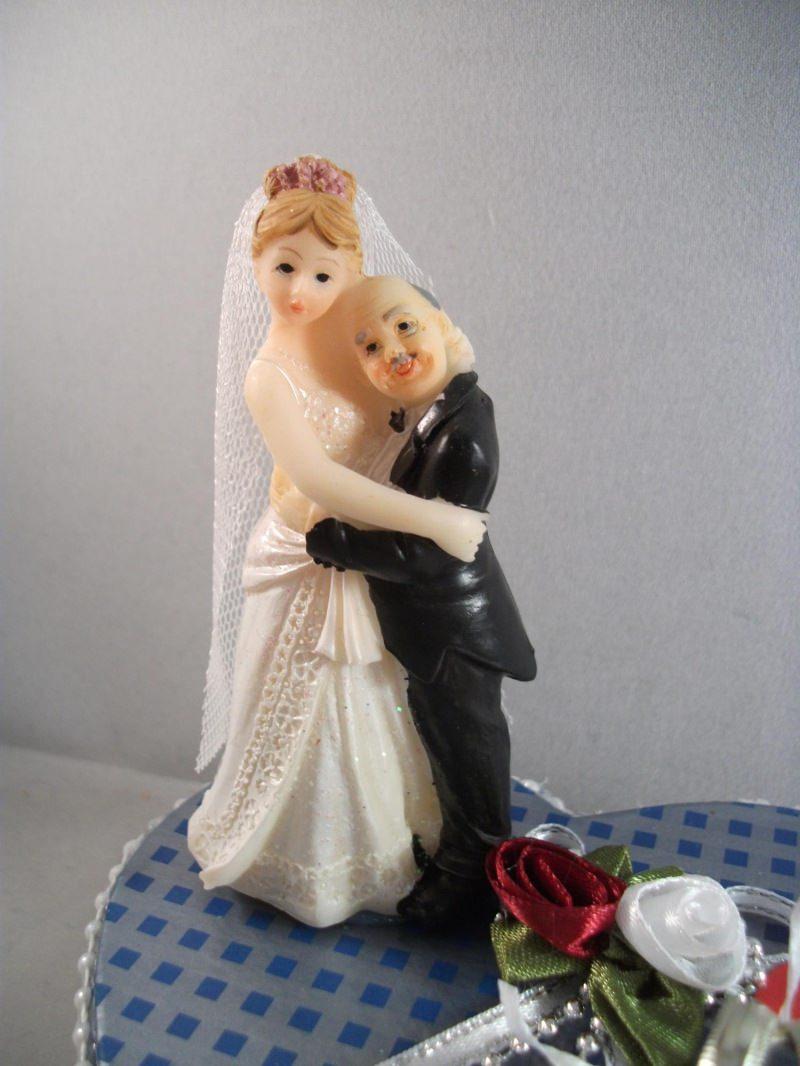 Kleinesbild - Geldgeschenk Hochzeit, Brautpaar alt und jung, Ehe - alter Mann, junge Frau - dicker Mann, schlanke Frau - kleiner Mann, große Frau, humorvoll