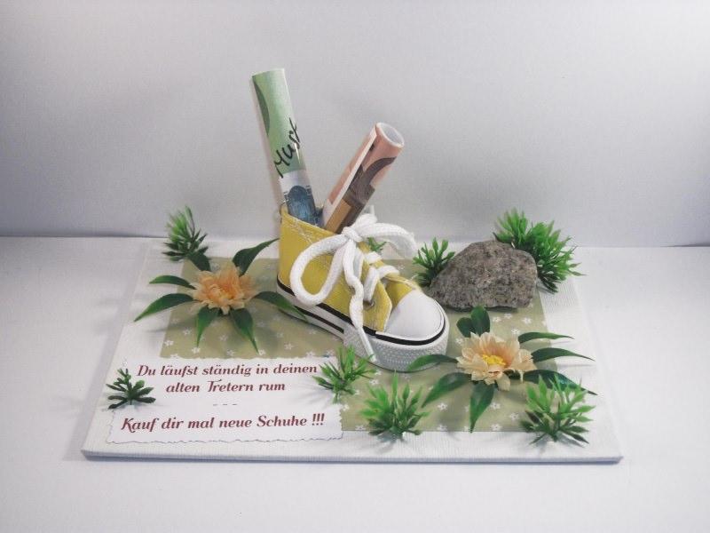 - Geldgeschenk Geburtstag, Jugendweihe, für neue Schuhe, Turnschuhe, Sportschuhe, Joggingschuhe, Wanderschuhe, Farbwahl - Geldgeschenk Geburtstag, Jugendweihe, für neue Schuhe, Turnschuhe, Sportschuhe, Joggingschuhe, Wanderschuhe, Farbwahl