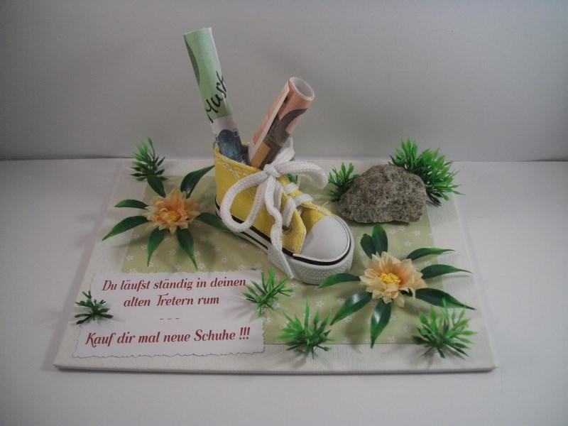 Kleinesbild - Geldgeschenk Geburtstag, Jugendweihe, für neue Schuhe, Turnschuhe, Sportschuhe, Joggingschuhe, Wanderschuhe, Farbwahl