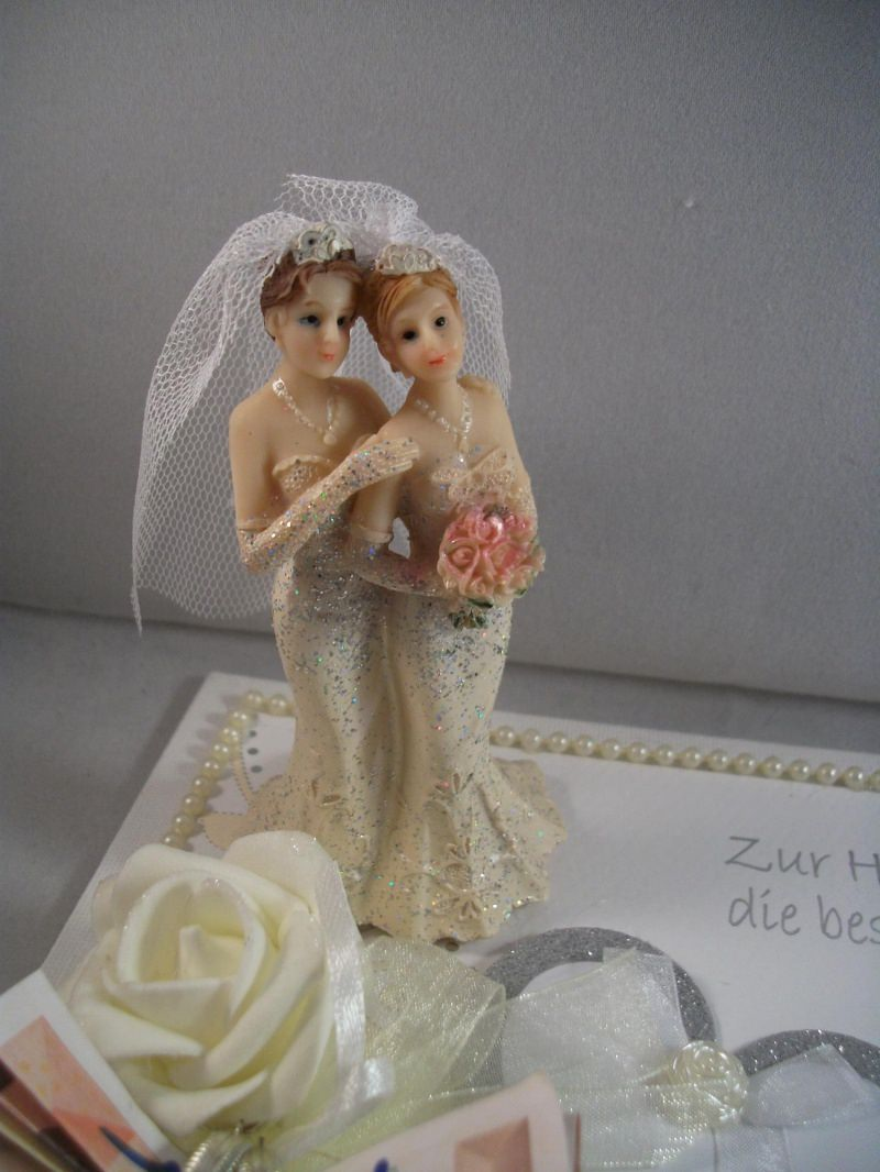 Kleinesbild - Geldgeschenk, Frauenhochzeit, lesbisch, Hochzeit, Frauen heiraten, edle Brautpaar-Figur, 3D-Design