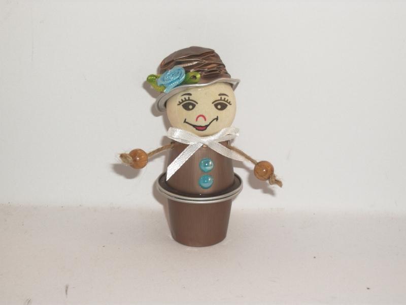 - Blumenkind aus Nespresso-Kapseln, Kaffeekapseln, Tischdeko, Frühling, 0006 - Blumenkind aus Nespresso-Kapseln, Kaffeekapseln, Tischdeko, Frühling, 0006