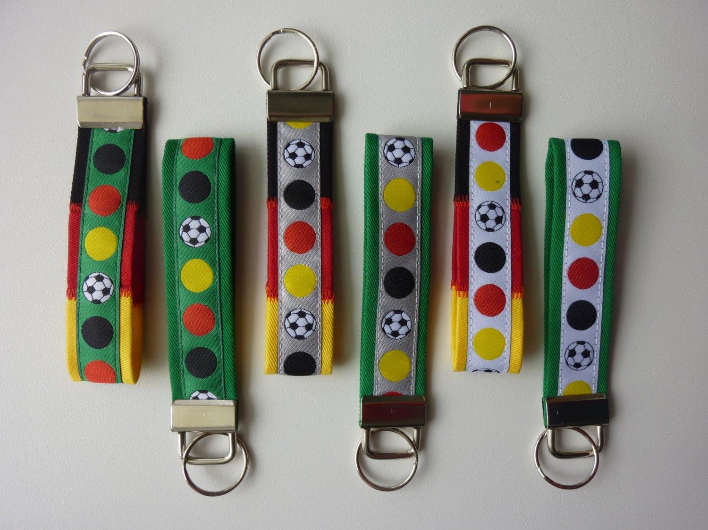- Schlüsselanhänger Fußball Deutschland - Schlüsselanhänger Fußball Deutschland