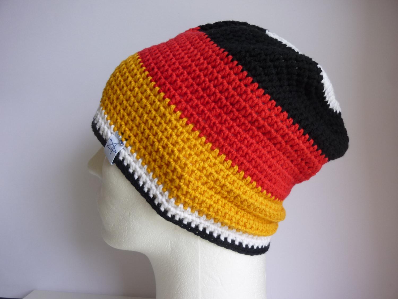 - Häkelmütze Deutschland schwarz rot gold - Häkelmütze Deutschland schwarz rot gold