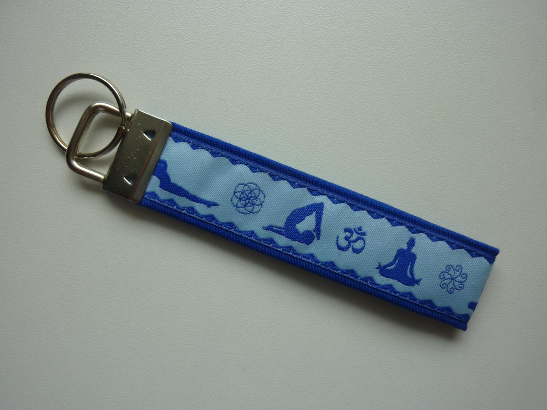 Kleinesbild - Schlüsselanhänger Yoga in blau