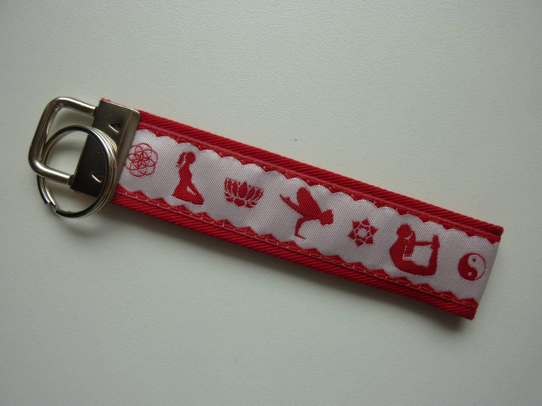 Kleinesbild - Schlüsselanhänger Yoga in rot und weiß