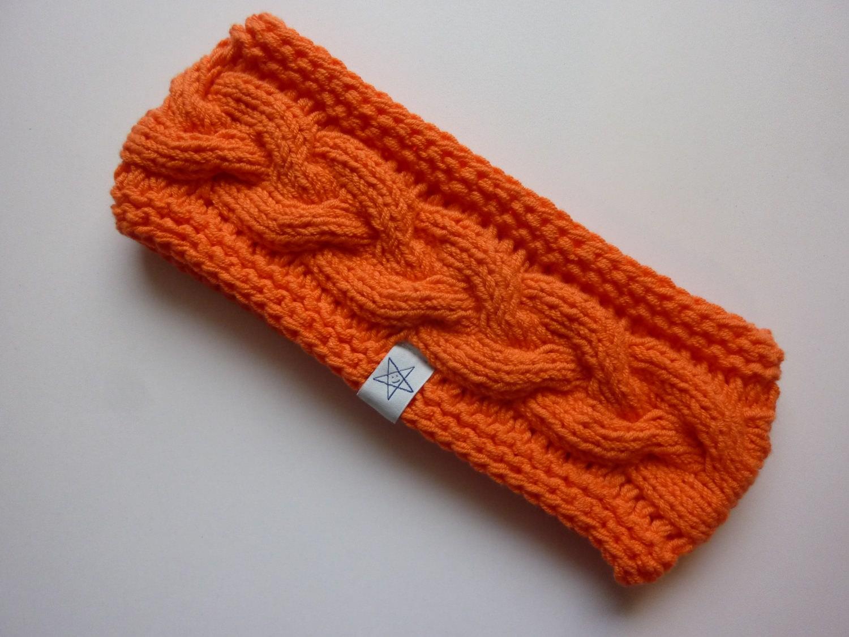 - Stirnband orange mit Zopfmuster handgestrickt - Stirnband orange mit Zopfmuster handgestrickt