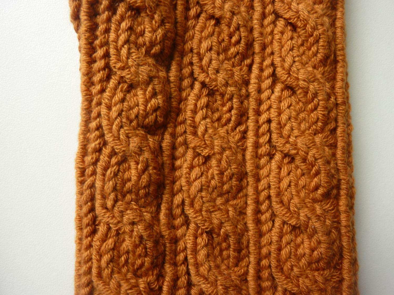 Kleinesbild - Handstulpen Armstulpen in weinbrand-braun aus Baumwolle handgestrickt gestrickt im Zopfmuster