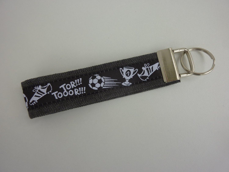 - Schlüsselanhänger TORJUBEL schwarz weiß - Schlüsselanhänger TORJUBEL schwarz weiß