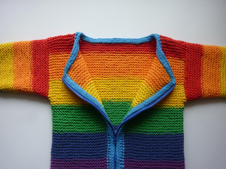Kleinesbild - Strickjacke handgestrickt  Gr. 116/122 Regenbogen