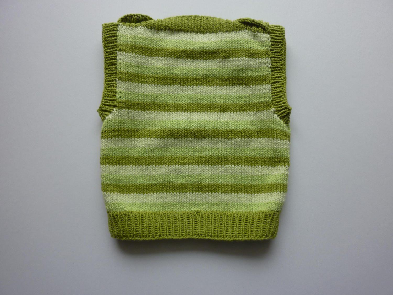 Kleinesbild - Baby-Pullunder Gr. 62/68 grün gestreift handgestrickt