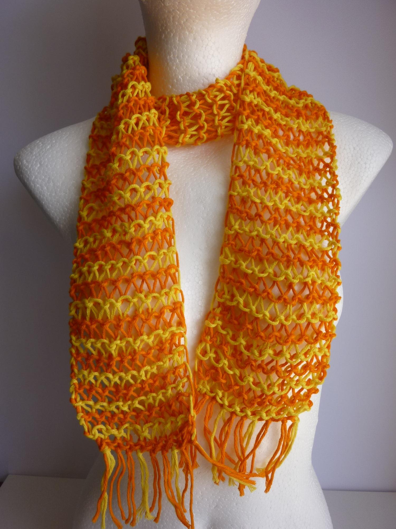 - leichter Sommerschal gelb orange Baumwolle Bio handgestrickt - leichter Sommerschal gelb orange Baumwolle Bio handgestrickt