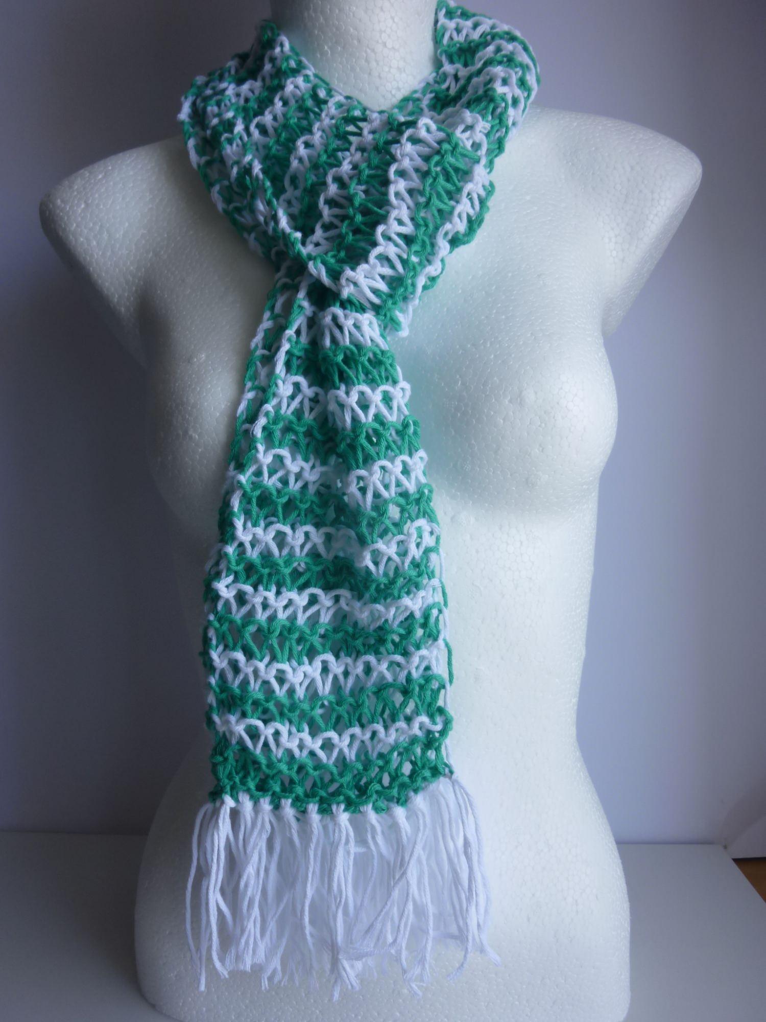 - Sommerschal weiß smaragd gestreift Baumwolle Bio handgestrickt - Sommerschal weiß smaragd gestreift Baumwolle Bio handgestrickt