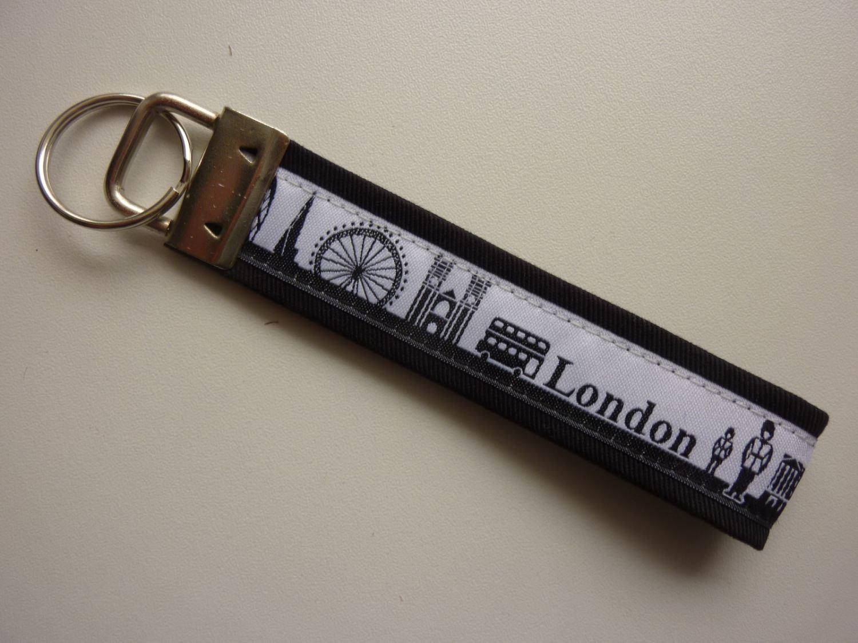 Kleinesbild - Schlüsselanhänger LONDON schwarz