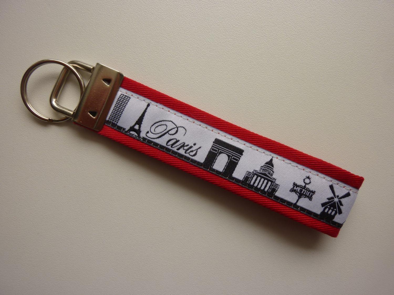 Kleinesbild - Schlüsselanhänger PARIS in rot