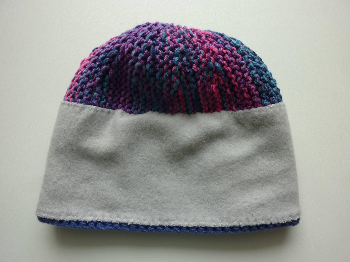 Kleinesbild - Bommelmütze Pink Lila Blau aus Baumwolle handgestrickt, mit Fleece gefüttert