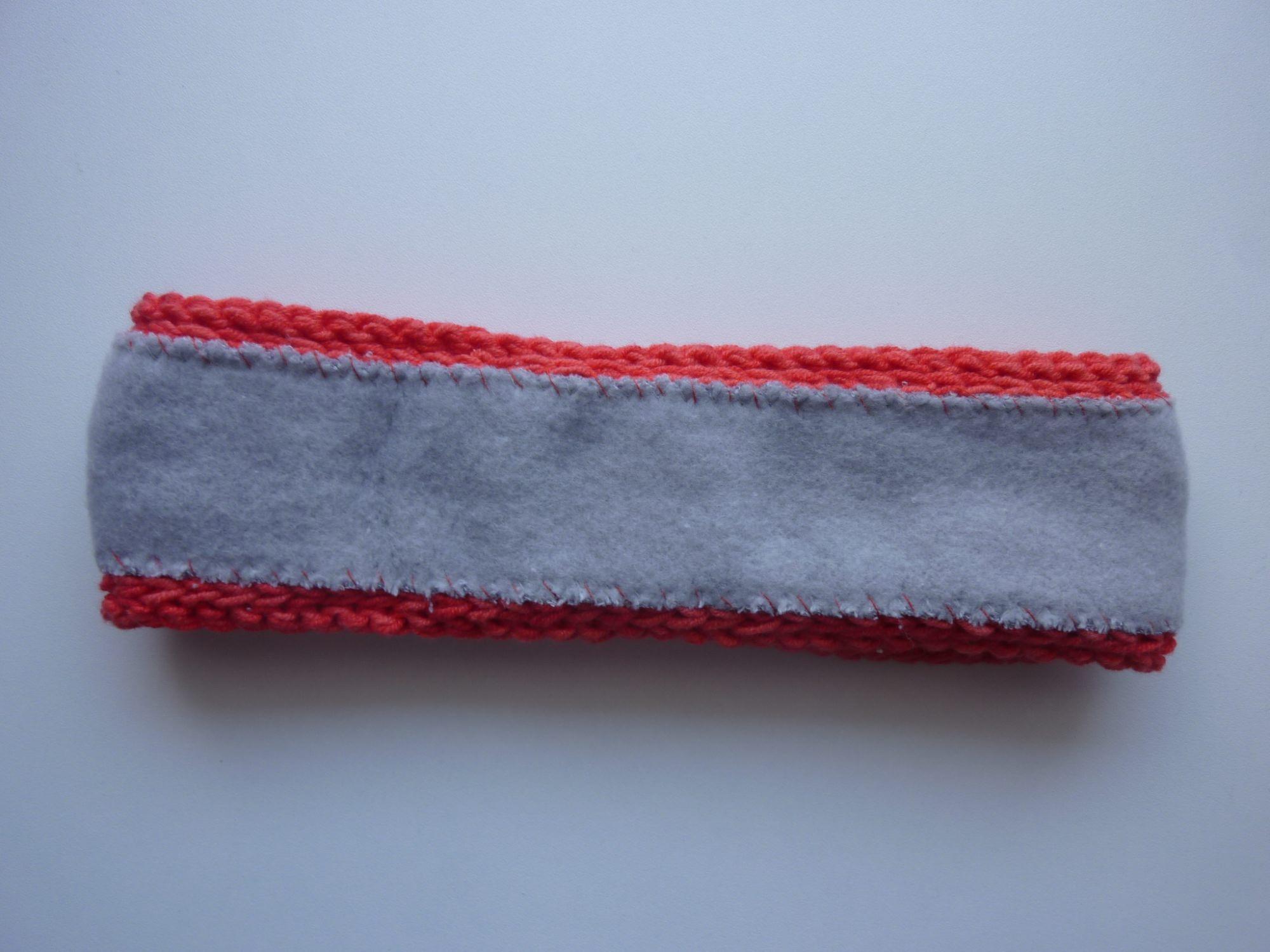 Kleinesbild - gefüttertes schmales Stirnband in rot aus Baumwolle handgestrickt