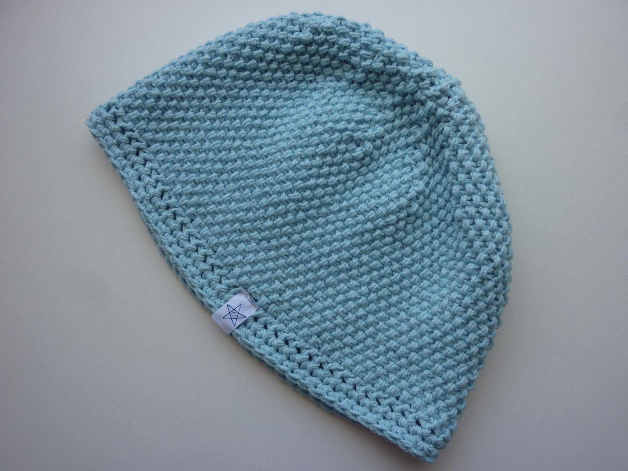 Kleinesbild - Strickmütze in Hellblau aus Baumwolle handgestrickt