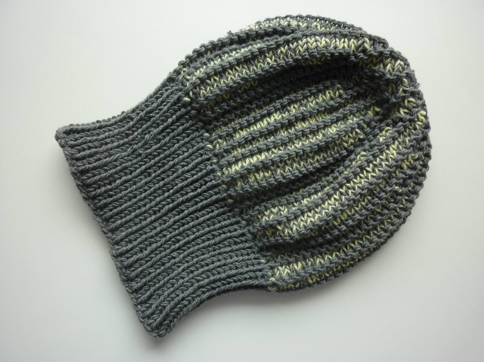 Kleinesbild - Strickmütze mit Umschlag Grau mit Hellgelb aus Schurwolle handgestrickt