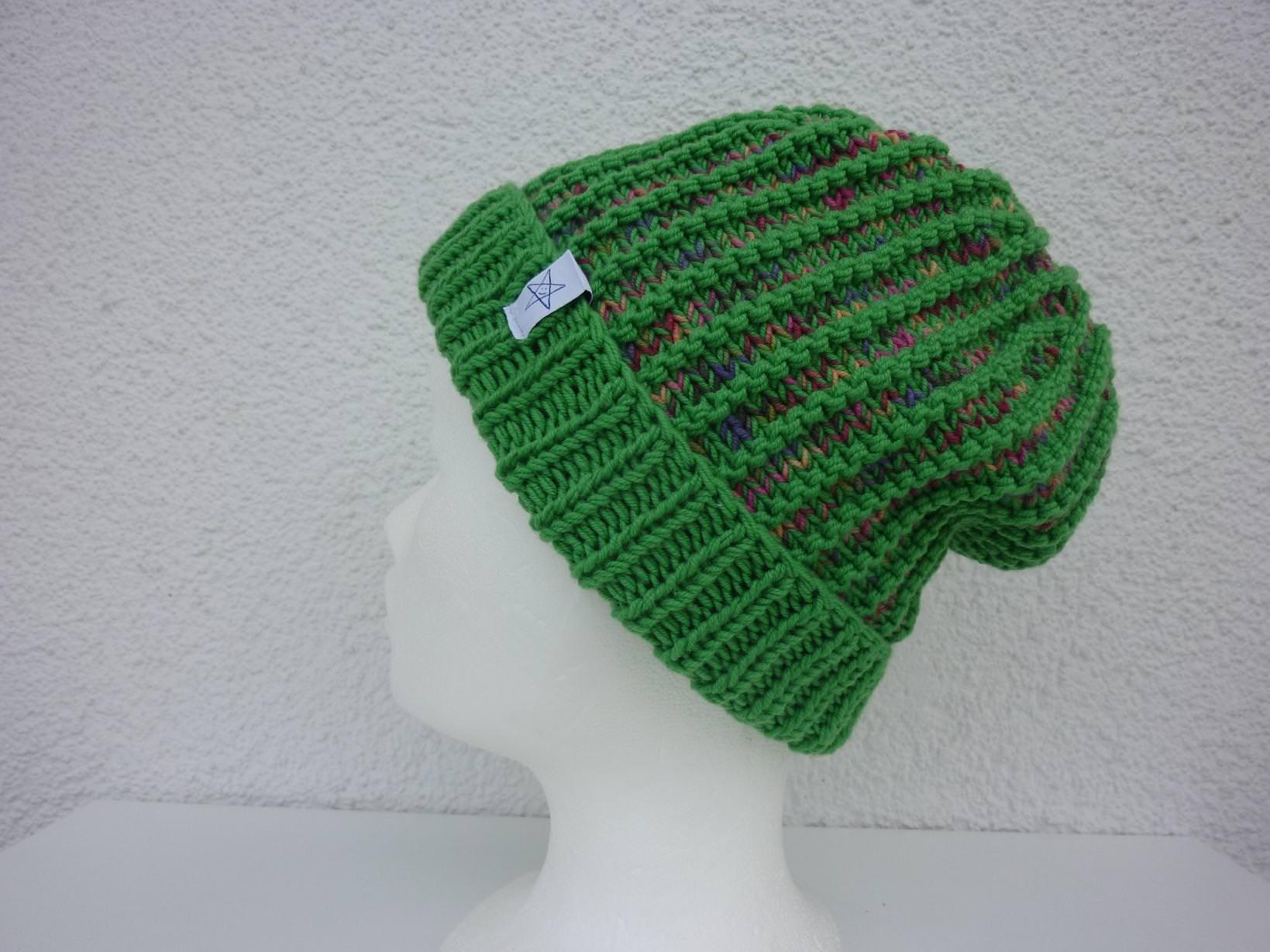 - Strickmütze mit Umschlag in Grün und Bunt aus Schurwolle handgestrickt - Strickmütze mit Umschlag in Grün und Bunt aus Schurwolle handgestrickt