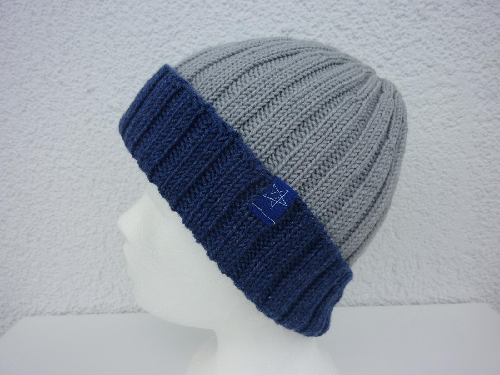 Kleinesbild - Strickmütze Hellgrau und Jeansblau rundgestrickt aus Schurwolle