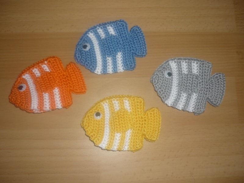 - 4 gehäkelte Eierwärmer – Fische - tolle Tischdeko  - 4 gehäkelte Eierwärmer – Fische - tolle Tischdeko