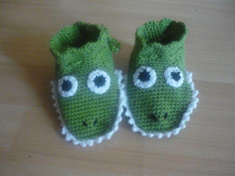 - Gehäkelte Babyschuhe - süße Krokodile - Fußlänge ca. 9,5cm - Gehäkelte Babyschuhe - süße Krokodile - Fußlänge ca. 9,5cm