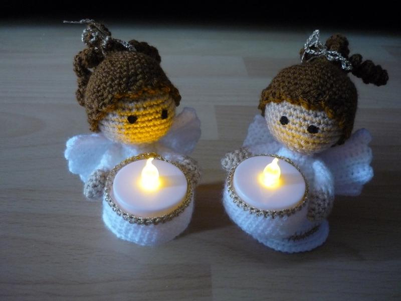- 2 zauberhafte gehäkelte Engelchen - Teelichthalter inkl. LED Licht - Dekoration - 2 zauberhafte gehäkelte Engelchen - Teelichthalter inkl. LED Licht - Dekoration