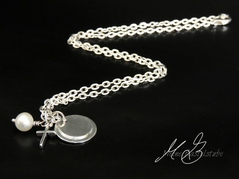 Kleinesbild - Namenskette, Taufkette mit Gravur, Kette mit Name zur Taufe, Geburt Kreuzanhänger