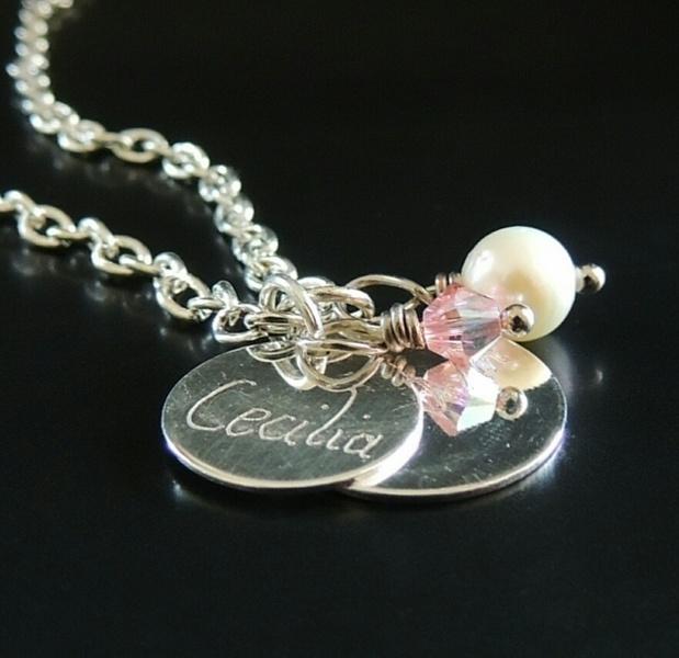 Kleinesbild - Kette mit Name, individuelle Namenskette mit gravierten Anhänger-Plättchen Herz