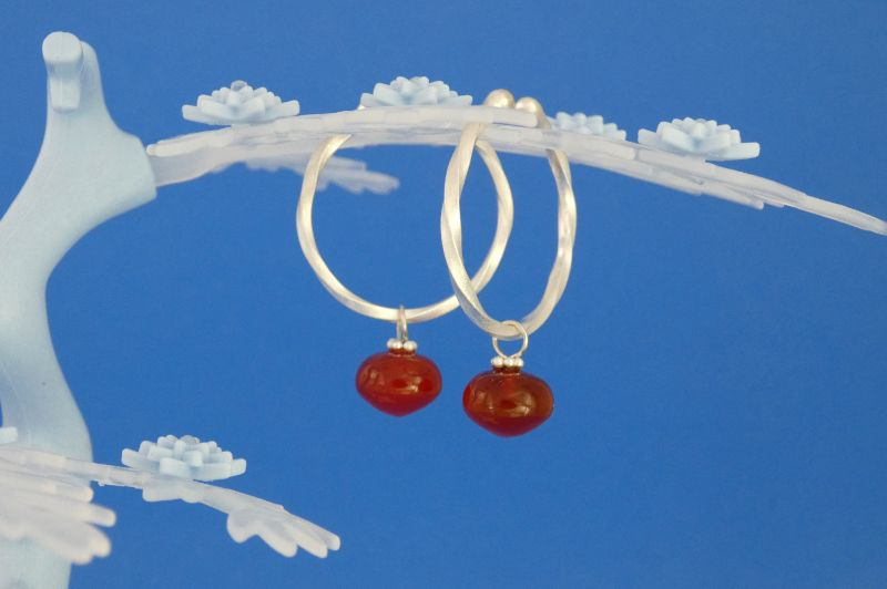- handgearbeitete Sterlingsilber-Ohrringe mit orangeroten Carneol-Perlen kaufen - handgearbeitete Sterlingsilber-Ohrringe mit orangeroten Carneol-Perlen kaufen