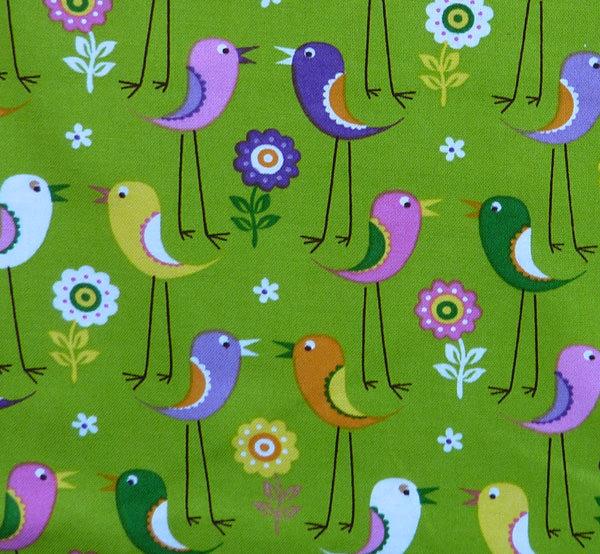 Kleinesbild - ✂ Patchworkstoff Meterware Tante Ema bunte Vögel mit langen Beinen auf grünem Hintergrund
