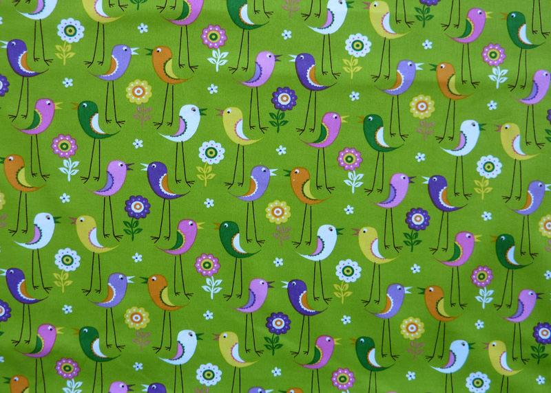 - ✂ Patchworkstoff Meterware Tante Ema bunte Vögel mit langen Beinen auf grünem Hintergrund - ✂ Patchworkstoff Meterware Tante Ema bunte Vögel mit langen Beinen auf grünem Hintergrund