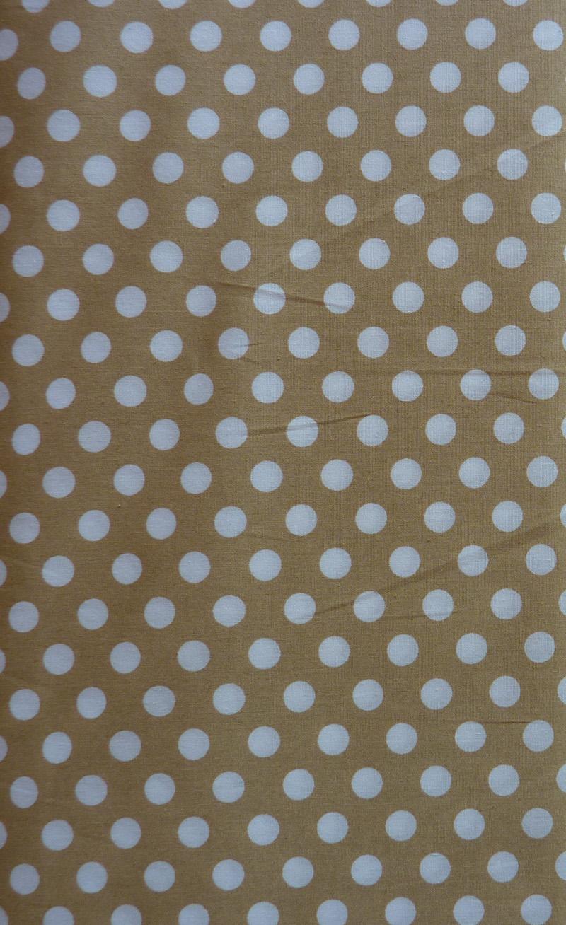 Kleinesbild - ✂ Patchworkstoff Meterware kleine beige Punkte auf weißem Hintergrund