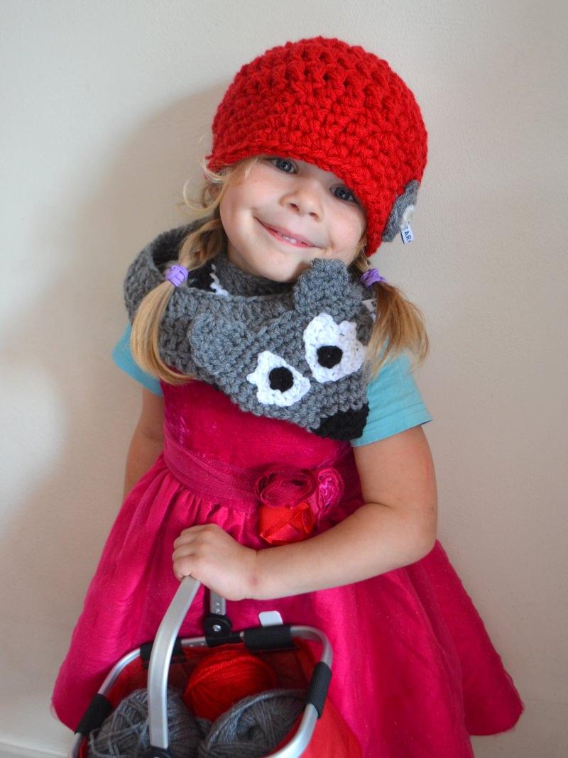 Kleinesbild - wunderschöner roter Kinderhäkelhut Kinderhut Rotkäppchen und der Wolf für Mädchen