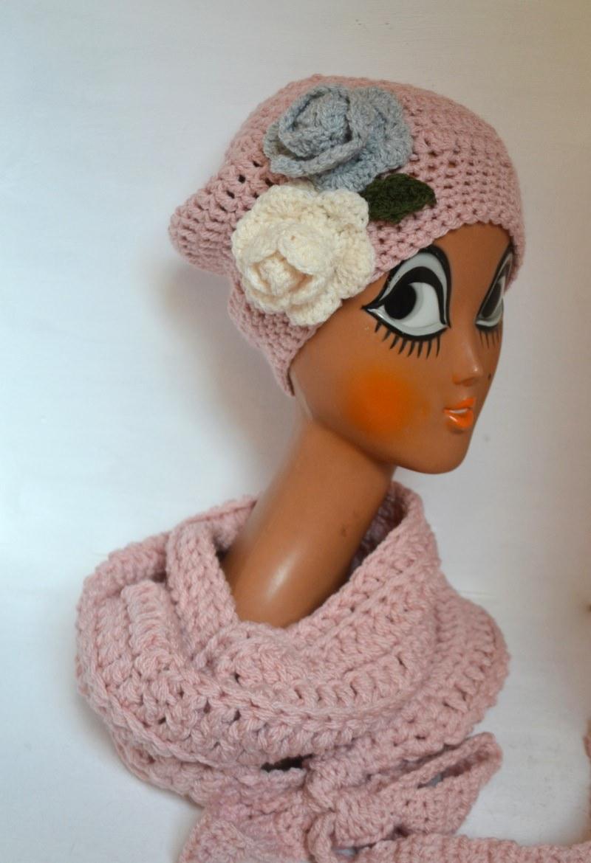 Kleinesbild - Vintage Liebe Schluppenschal, Schleifenschal, der Schal mit der Schleife  in rosa