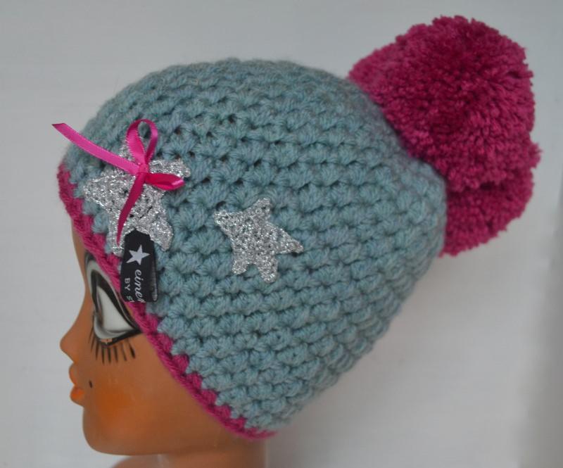 Kleinesbild - Schwarzwald Mütze Bollekapp Bommelmütze in hellblau und pink  mit silbernem Stern